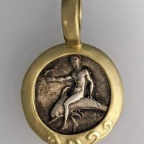 Taras, Fouree Nomos, 14kt Gold Pendant