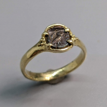 Owl AR Hemiobol 14kt Gold Ring