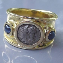 Alexander the Great, 14kt Ring with Sapphires