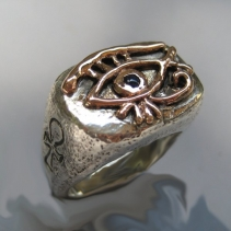 Eye of Horus, Sterling Silver and 14kt Gold ring with Sapphire
