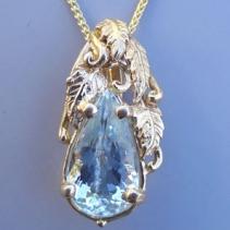 Aquamarine, 14kt Gold Pendant, Leaves