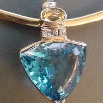 Blue Topaz, 14kt Gold Pendant