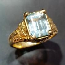 Aquamarine in 14kt Gold Ring