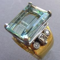 Aquamarine, Diamond, 18kt Gold and Platinum Ring