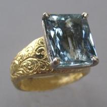 Aquamarine, 18kt Gold and Platinum Ring, View 2