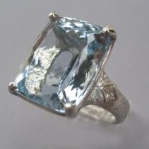 Aquamarine, Platinum Ring with Diamonds