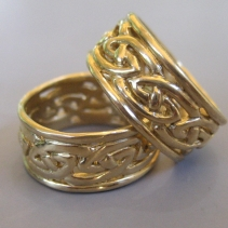 Celtic Knotwork Wedding Bands