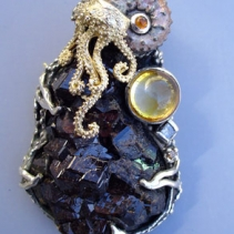 Androdite Garnet, Ammonite, SS/14kt Jurassic Classic Pendant