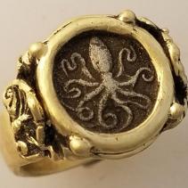 Octopus, Ancient AR Litra, 14kt Gold Ring